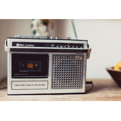 g400 – radio cassette recorder klasik